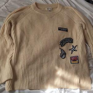 Monteau Hip Rocker Cream Sweater with Patches Sz M